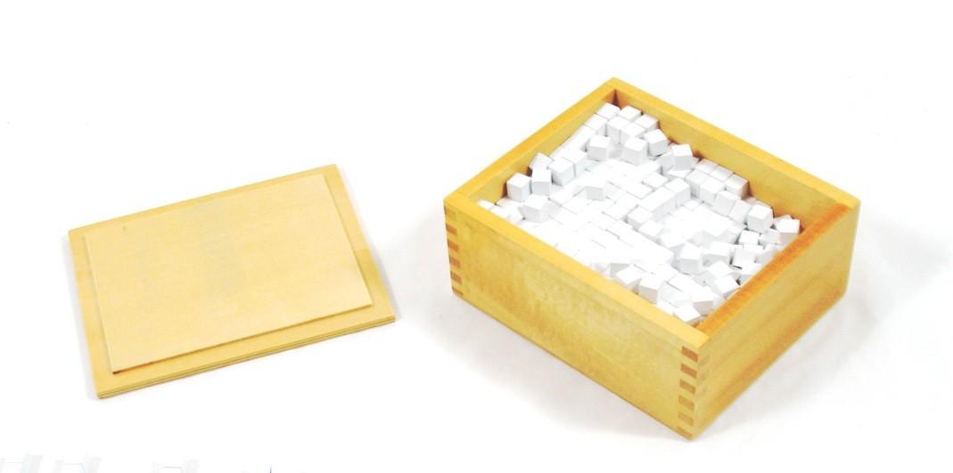 Krabička s krychlemi